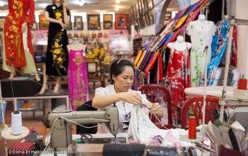 hanoi-silk-shop